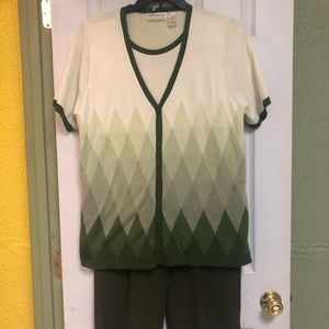 2 piece Alfred Dunner outfit